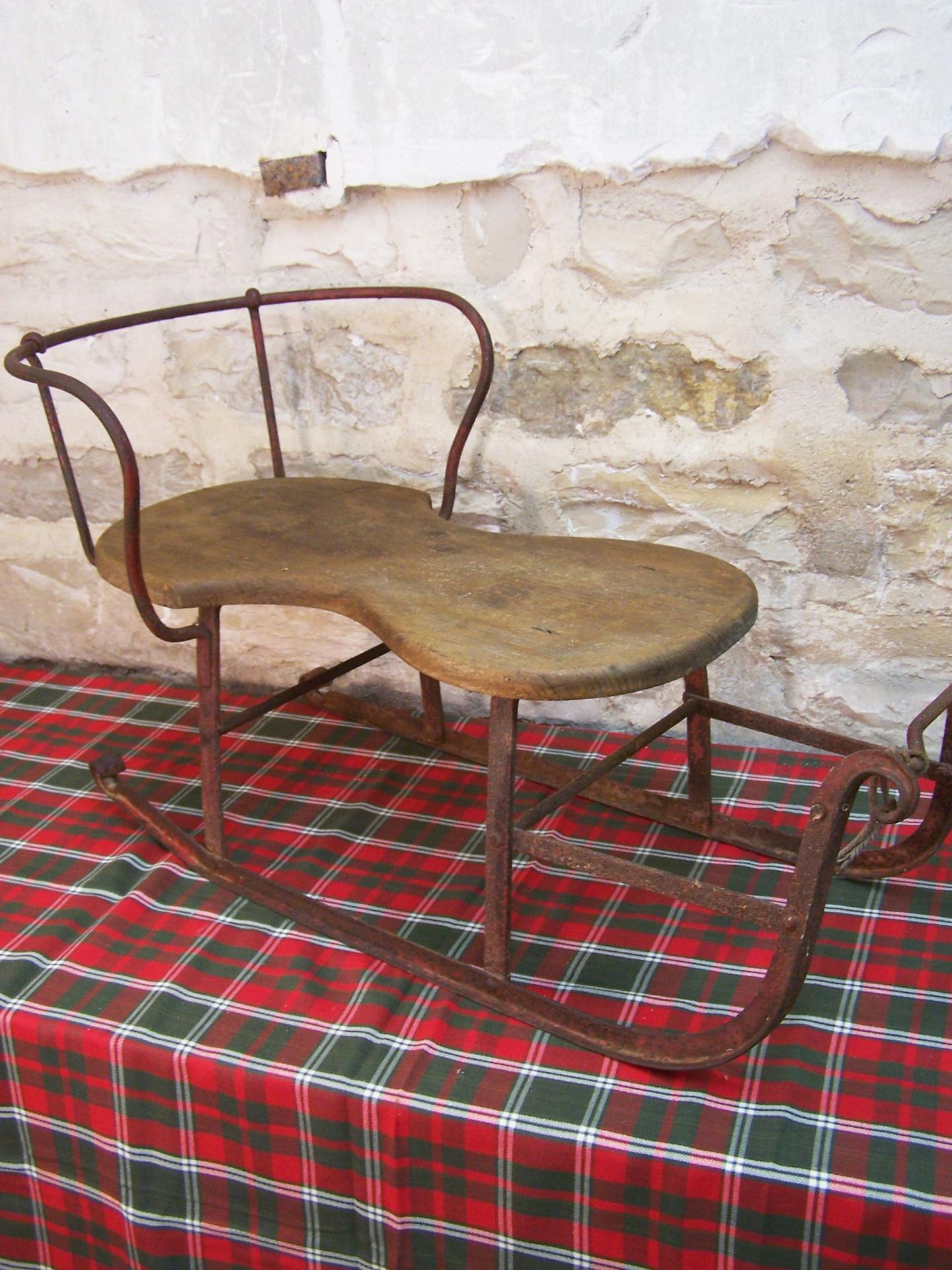 ancienne luge luge vintage. Black Bedroom Furniture Sets. Home Design Ideas