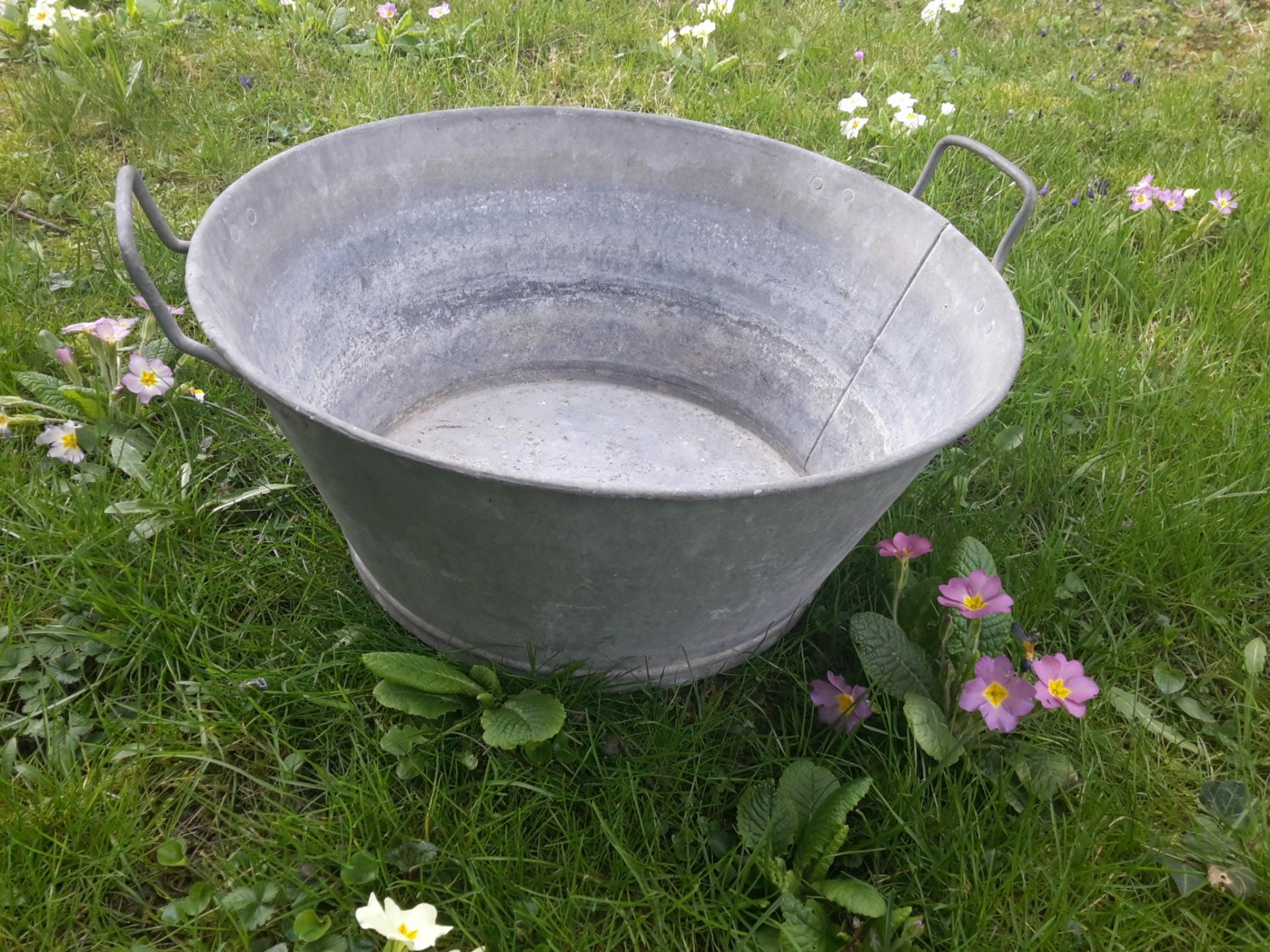 2 bassine ronde en zinc
