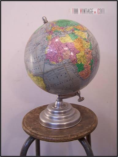 ancienne mappemonde ancien globe terrestre. Black Bedroom Furniture Sets. Home Design Ideas