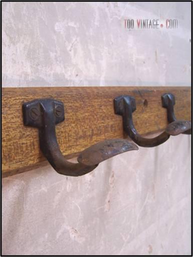 Porte manteau de vestiaires porte manteau vintage for Porte manteau vestiaire