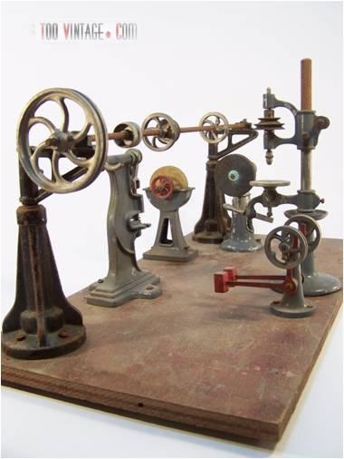 anciennes machines d 39 atelier jouet ancien accessoires de machine vapeur. Black Bedroom Furniture Sets. Home Design Ideas