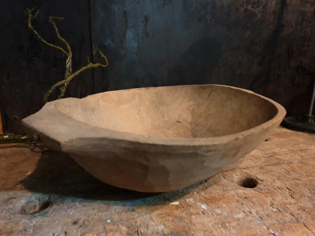 0 bol petrin en bois sculpte
