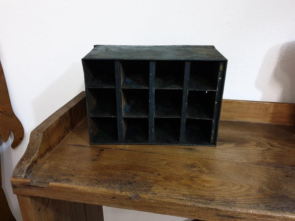 0 casier d atelier