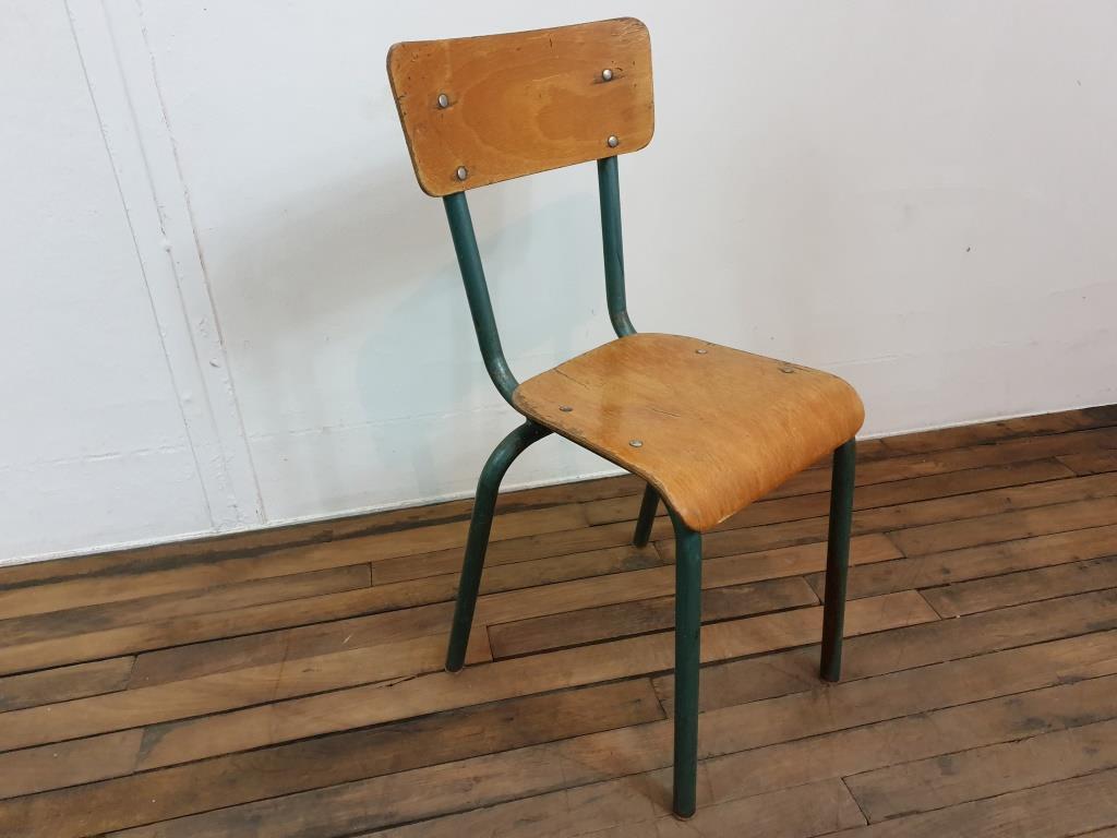 0 chaise mulcca enfant