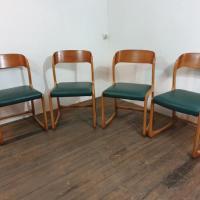 0 chaises traineau baumann