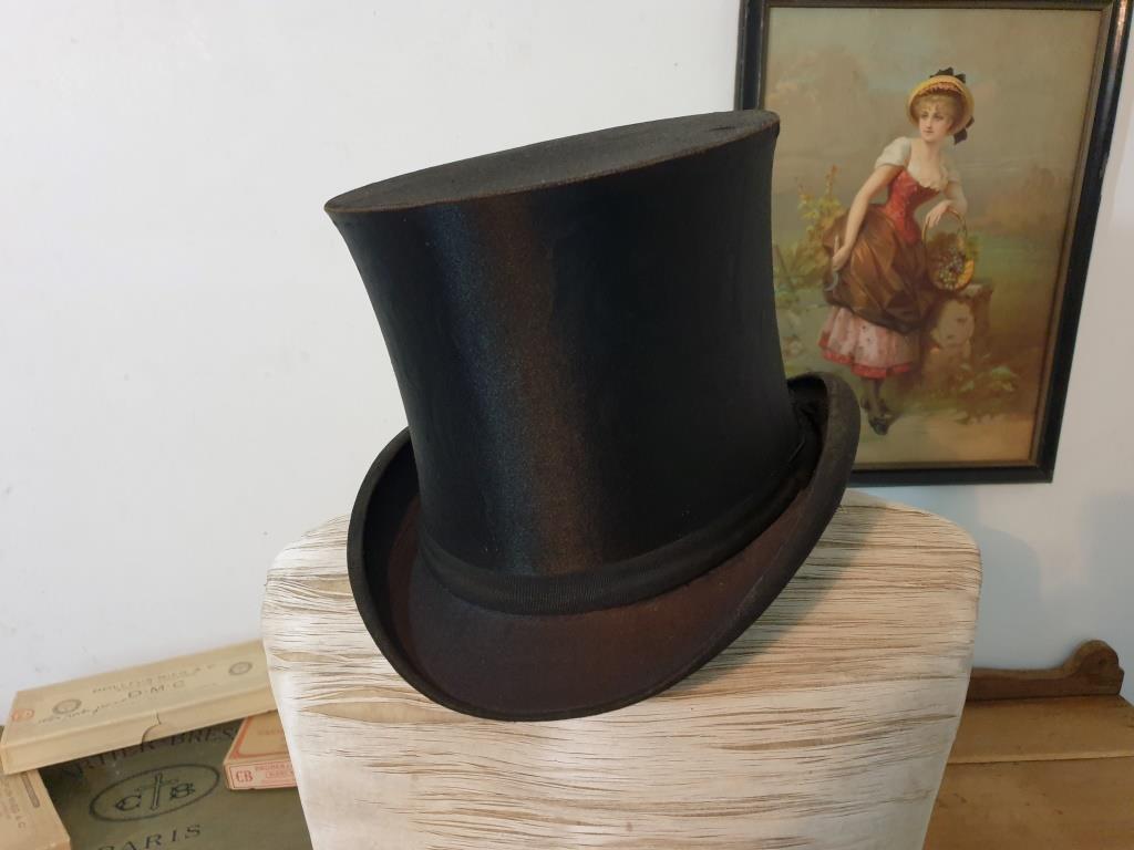 0 chapeau clac
