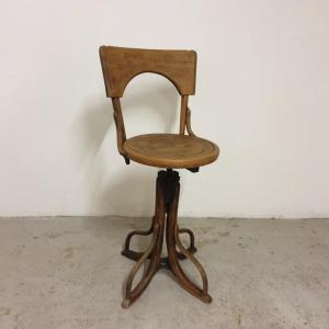 0 fauteuil de coiffeur 1