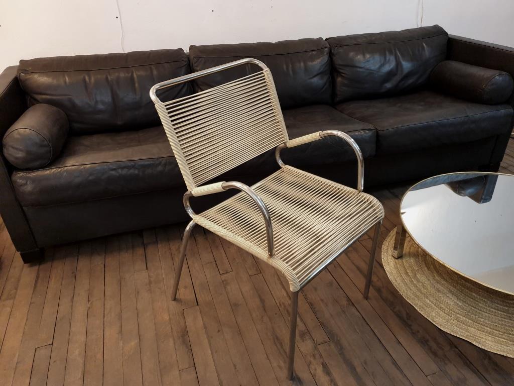 0 fauteuil scoubidou