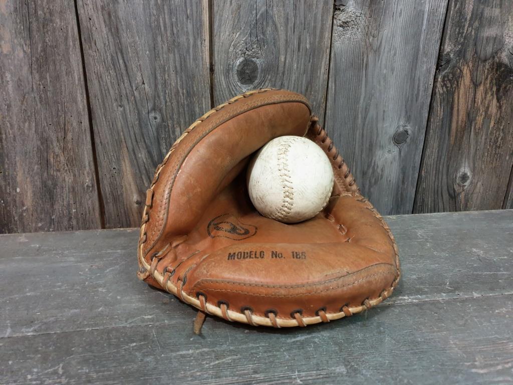 0 gant et balle de base ball