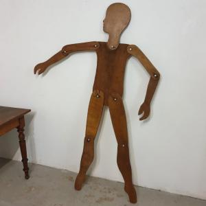 0 mannequin en bois