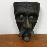 0 masque mamuthones