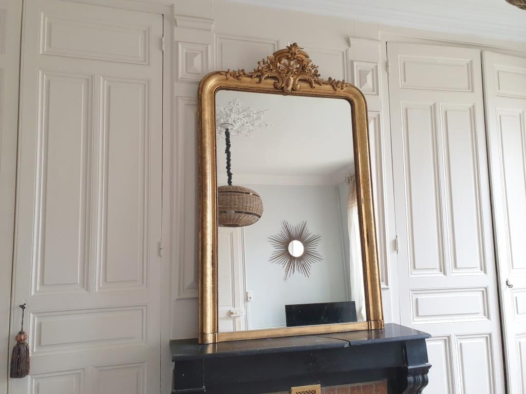 0 miroir dore a fronton