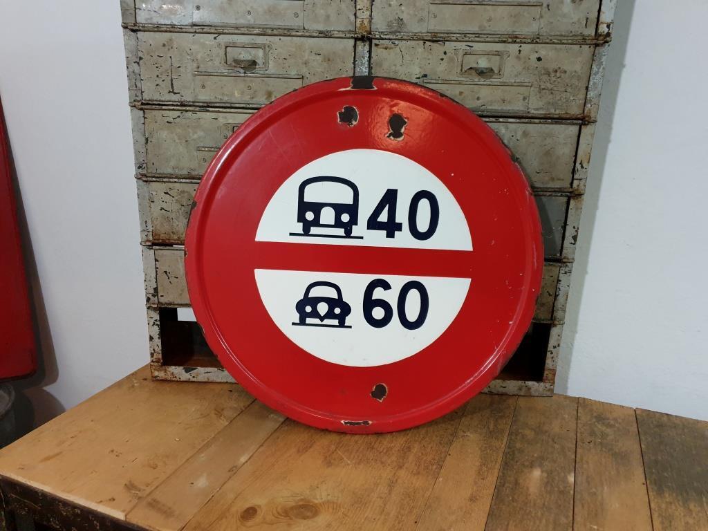 0 panneau limitation de vitesse