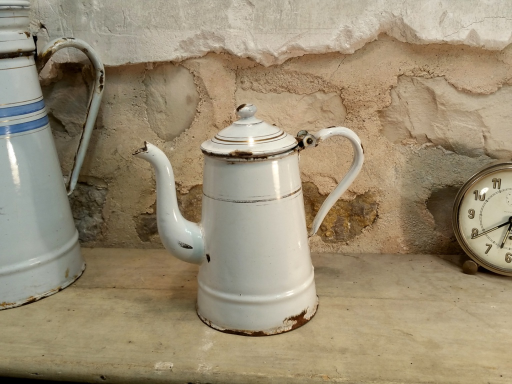 0 petite cafetiere emaillee