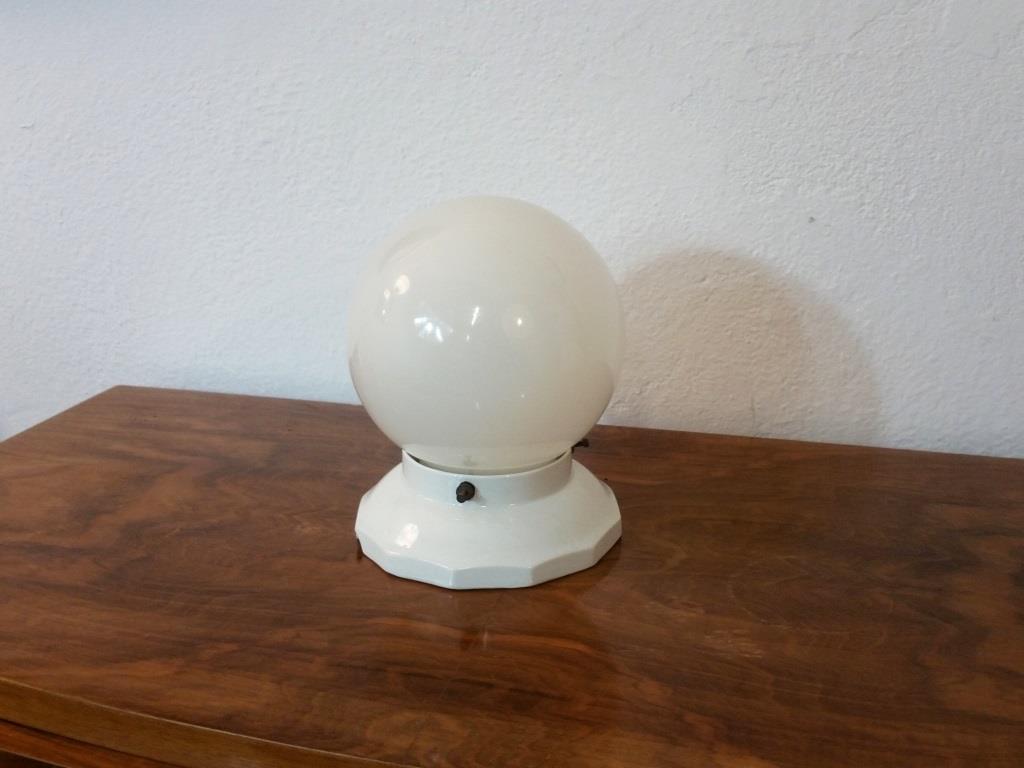 0 plafonnier boule blanche