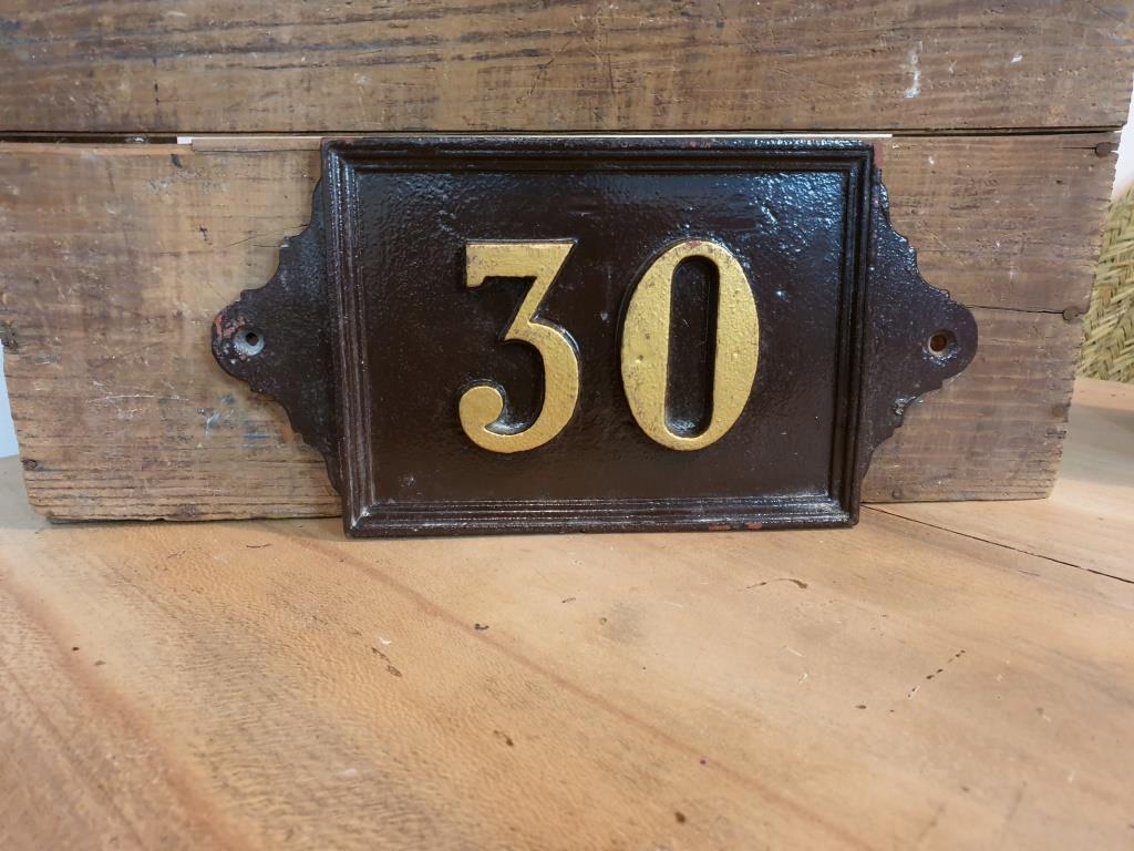 0 plaque de rue 30
