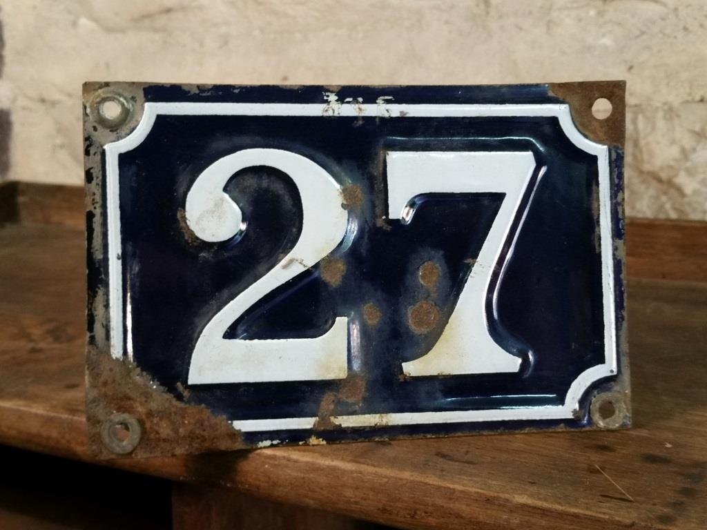 0 plaque de rue n 27