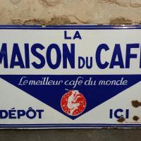 0 plaque maison du cafe