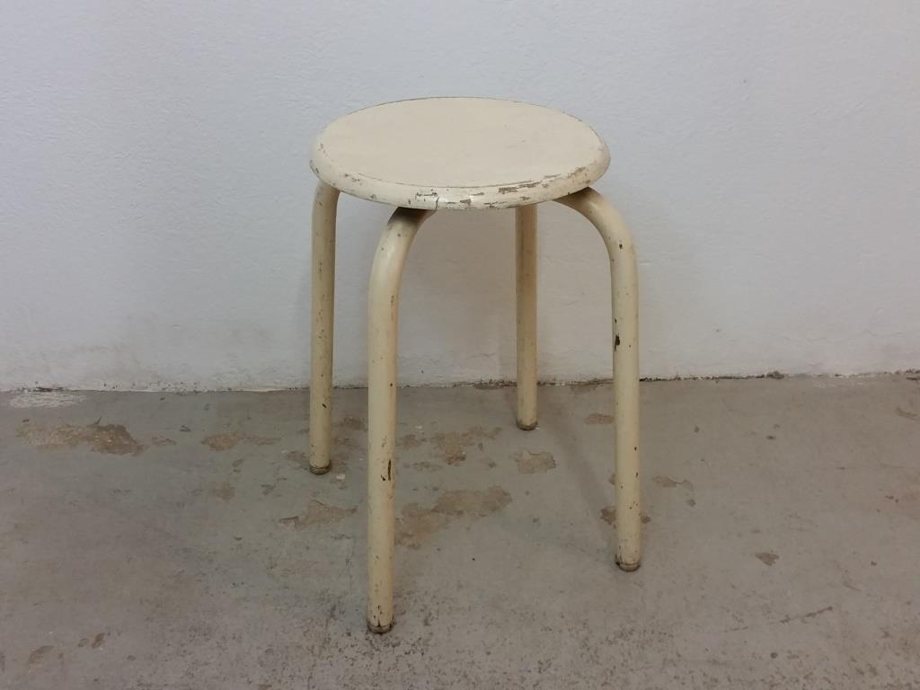 0 tabouret d atelier blanc