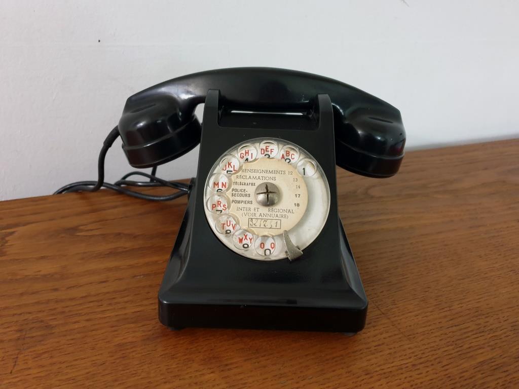 0 telephone noir bakelite 1