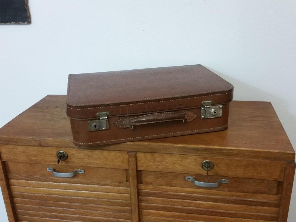 0 valise en cuir