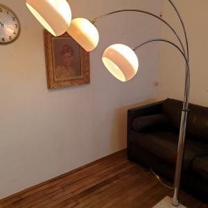 0003 lampadaire arc muguet chrome 70 s