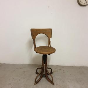 001 fauteuil de coiffeur 1