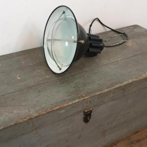 002 lampe d atelier industriel