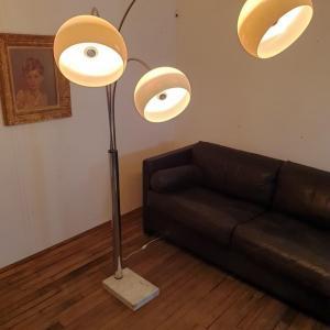 003 lampadaire arc muguet chrome 70 s