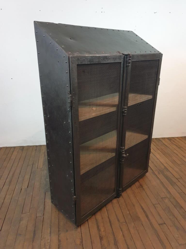 003 meuble atelier