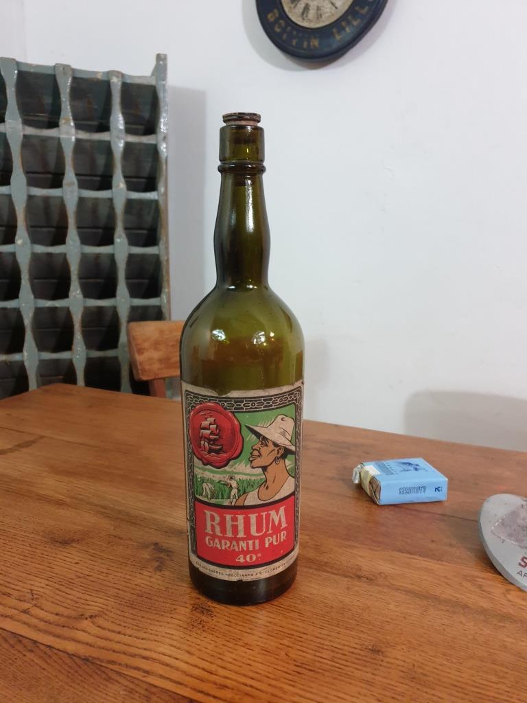 01 bouteille de rhum