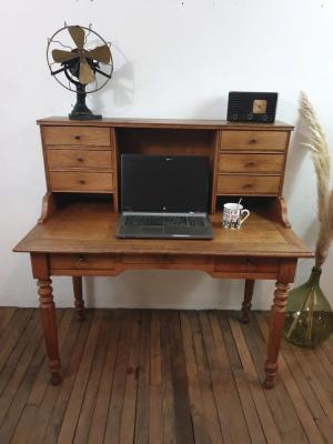Bureau secrétaire