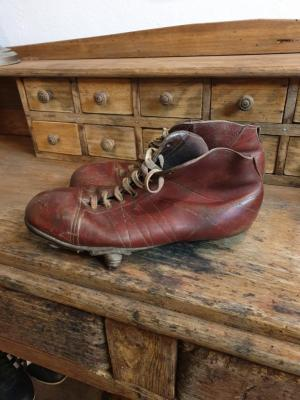 01 chaussure de rugby 40 s