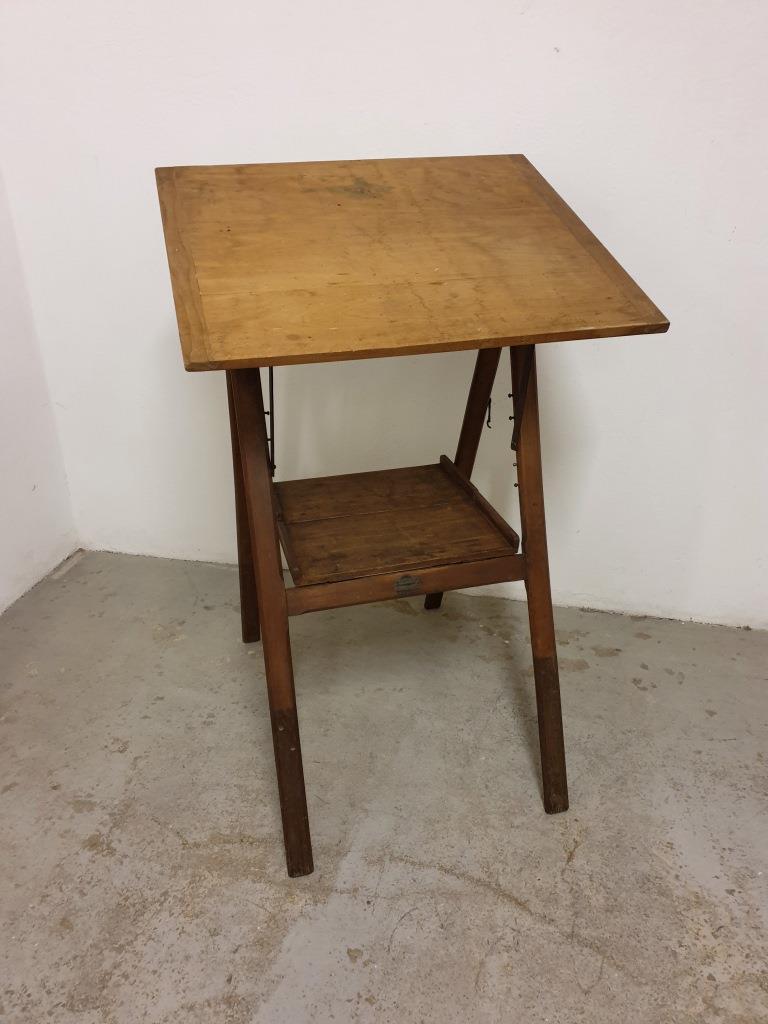 01 table a dessin d architecte