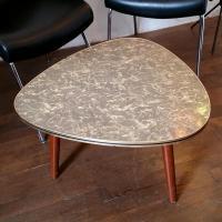 01 table tripode 1