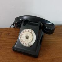 01 telephone noir bakelite