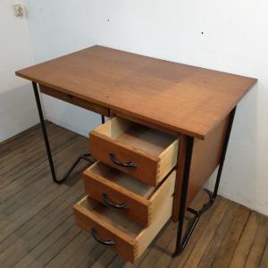 03 bureau vintage enfant