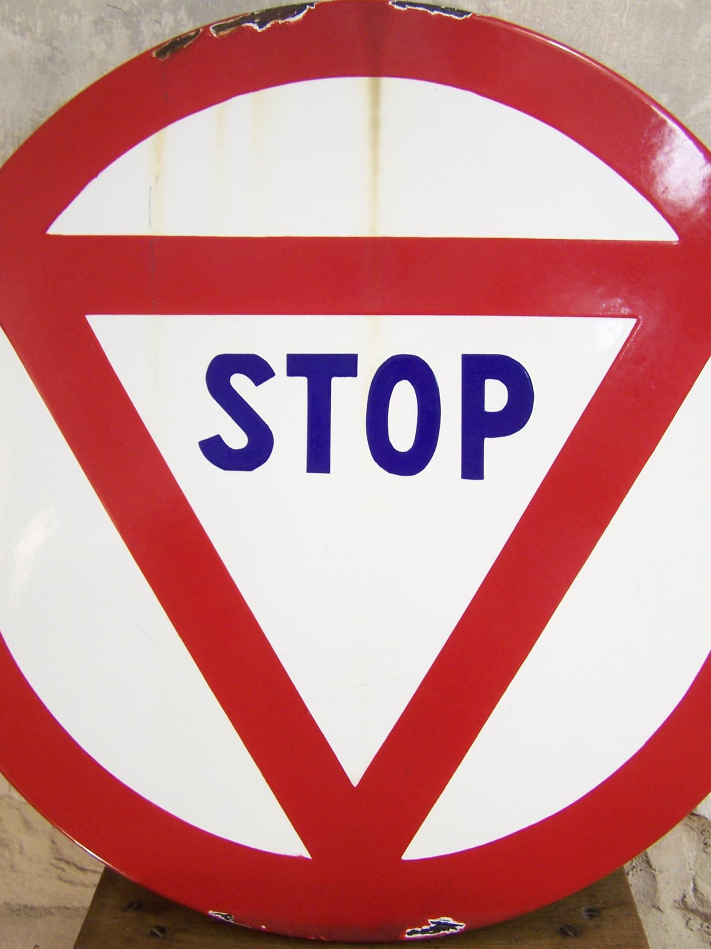 Ancien panneau de signalisation stop panneau routier vintage - Combien de panneau stop a paris ...