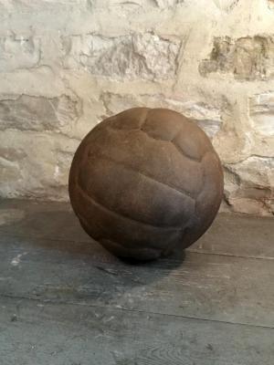 1 ballon de foot cuir