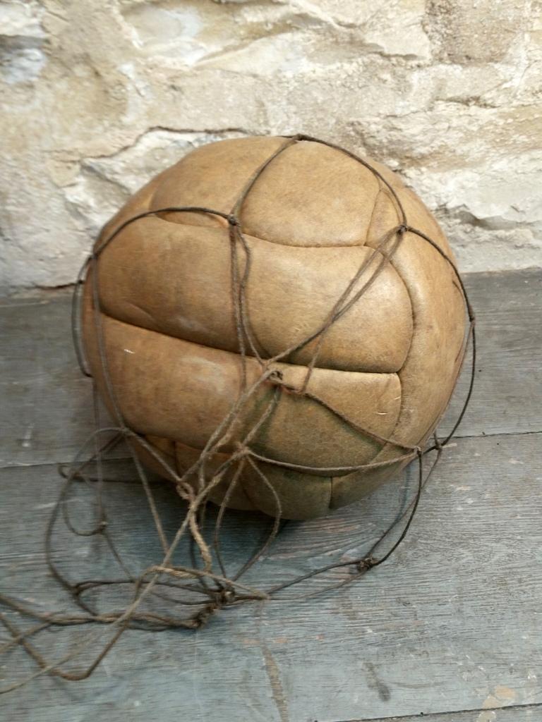 1 ballon de foot
