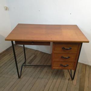 1 bureau vintage enfant