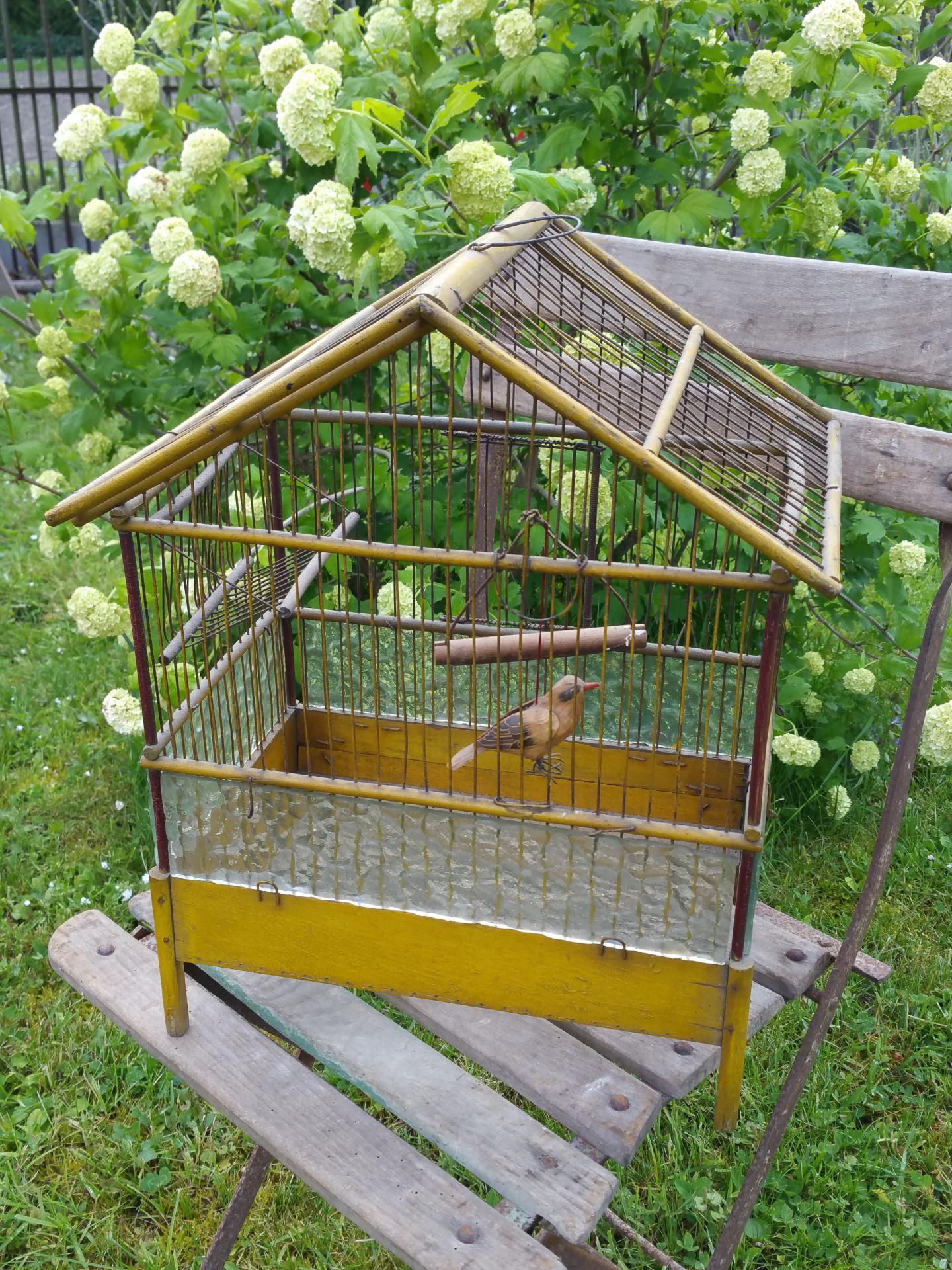 ancienne cage oiseaux. Black Bedroom Furniture Sets. Home Design Ideas