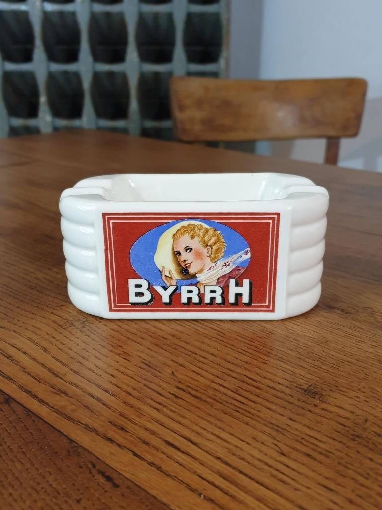 1 cendrier byrrh