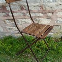1 chaise de bistrot