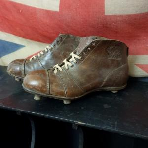 1 chaussure de rugby