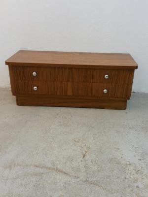 Commode basse