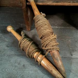 1 cordeau ancien