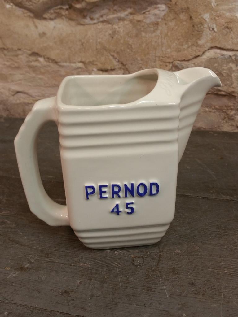 1 cruche pernod