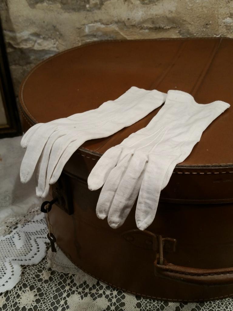 1 gants blancs