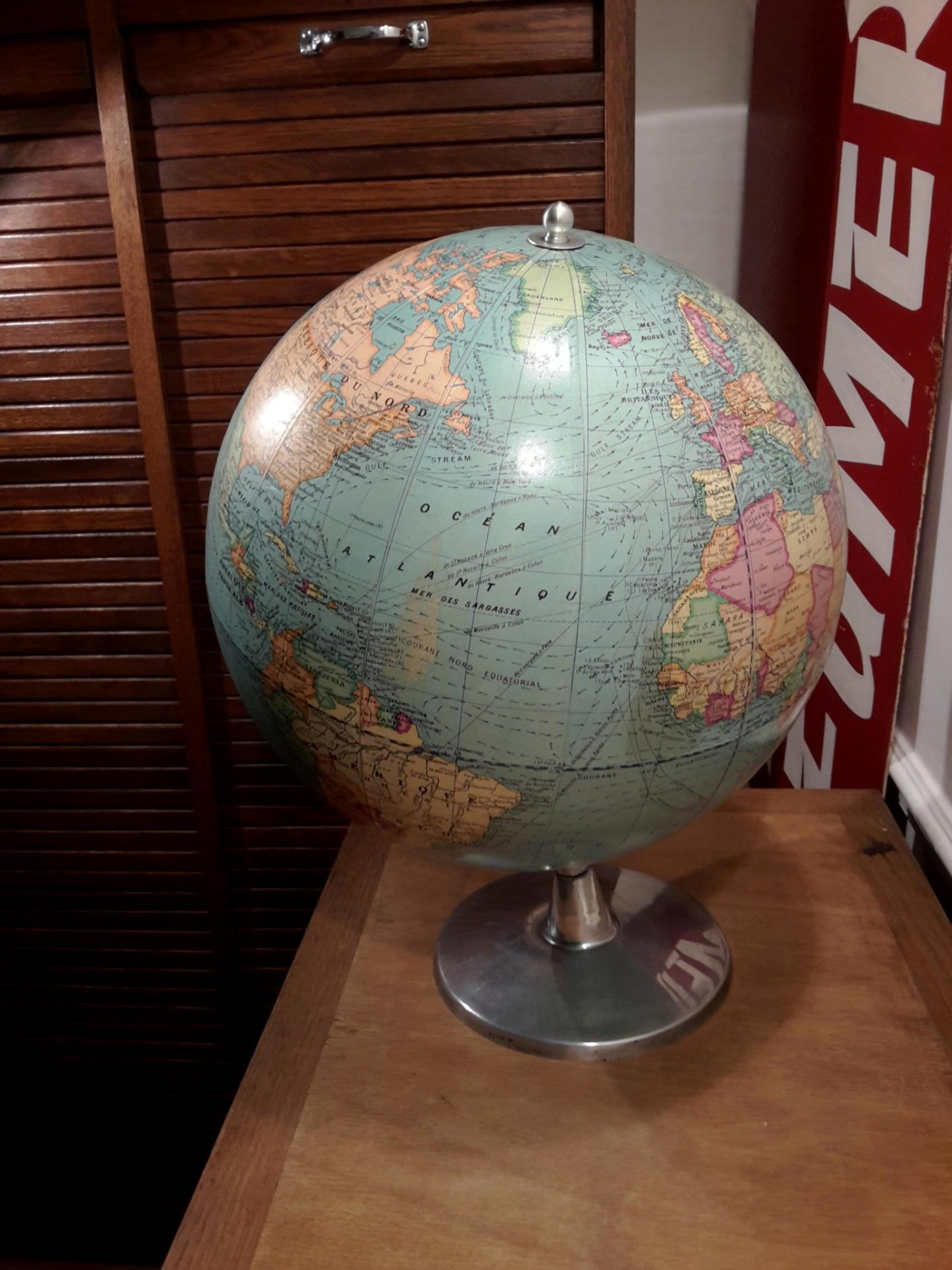 1 globe barrere